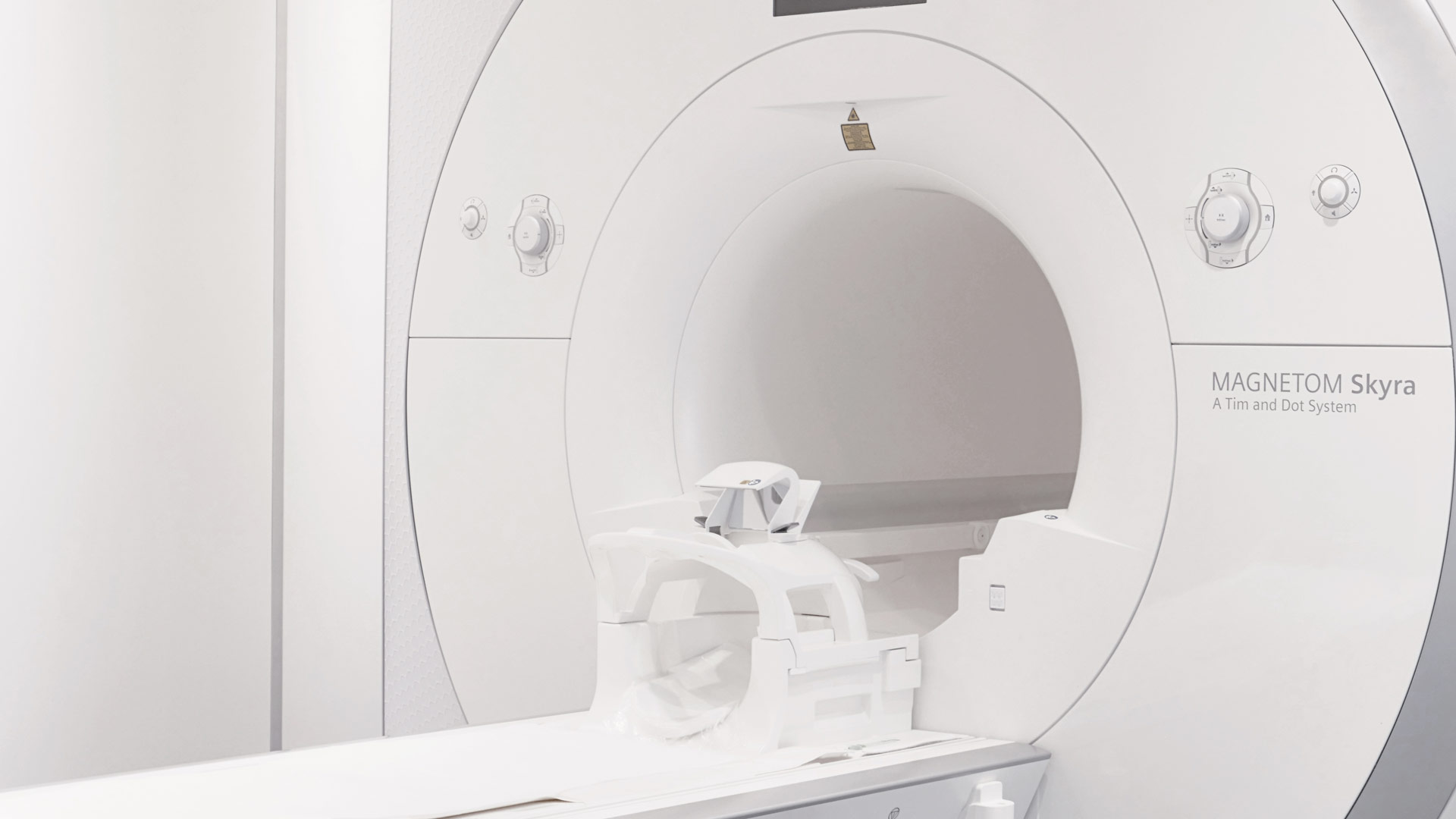 mrt-radiologie_cityplaza_stuttgart_innenstadt_zentrum1370074_1920