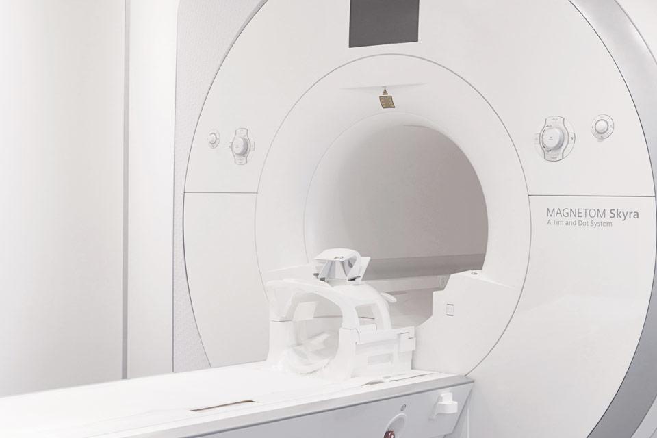mrt-radiologie_cityplaza_stuttgart_innenstadt_zentrum1370074_960